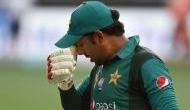 पाकिस्तानी टीम के कोच ने पीसीबी से की मांग, सरफराज अहमद से छीनी जाए कप्तानी