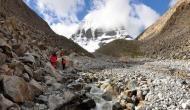 नेपाल-चीन बॉर्डर पर हिल्सा में फंसे 44 भारतीय तीर्थ यात्री, सरकार से लगाई मदद की गुहार