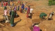 Lockdown: 20 अप्रैल से MANREGA के काम को अनुमति, गांव लौटें लोगों को राहत