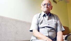 Freedom fighter Mohan Ranade dies