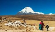 कैलाश मानसरोवर यात्रियों पर पड़ी खराब मौसम की मार, नेपाल में फंसे 200 भारतीय यात्री