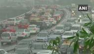 Mumbai Rain: पहली ही बारिश में डूबी मुंबई, सड़कों पर लगा लंबा जाम