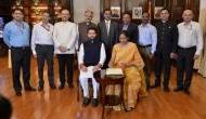 Budget 2019: वित्त मंत्री निर्मला सीतारमन की बजट तैयार करने वाली टीम से मिलिए