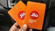 दिवाली धमाका;  Jio ने डेटा किया डबल और जियो फोन 50 फीसदी सस्ता