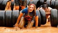 इस देश में कीचड़ में दौड़ते हैं लोग, हर साल मनाया जाता है Mud Race फेस्टिवल