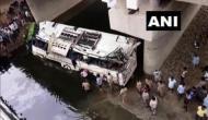 यमुना एक्सप्रेसवे पर दर्दनाक सड़क हादसा, लखनऊ से दिल्ली आ रही बस नाले में गिरी, 29 की मौत