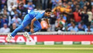 World Cup 2019: मैच की पहली ही गेंद पर भारत से हुई बड़ी गलती, हाथ से गया रिव्यू