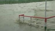 उत्तर प्रदेश में गंगा-यमुना नदी में उफान, बाढ़ जैसे हालात, लोगों का जीना हुआ मुश्किल