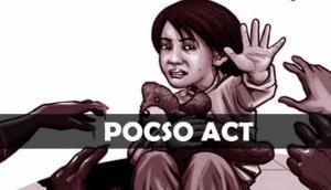 शिक्षक की काली करतूत, छात्राओं को जबरन दिखाया अश्लील वीडियो,  POCSO एक्ट में दर्ज हुआ केस