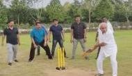 Karnataka: BS Yeddyurappa plays cricket with BJP MLAs at Bangaluru resort
