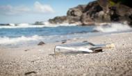 मछुआरे को बोतल में बंद मिली 50 साल पुरानी चिट्ठी, लिखा था ये संदेश