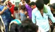 बिहार में महिला के साथ की दरिंदगी, निर्वस्त्र कर घंटों तक की पिटाई, सामने आया वीडियो