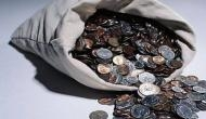 पत्नी को खर्चा देने के लिए बोरियों में 100 किलो सिक्के भरकर कोर्ट पहुंचा पति, फिर जज ने दे दी ये अनोखी सजा