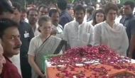 Sonia, Priyanka Gandhi pay tributes to Sheila Dikshit at Congress headquarters