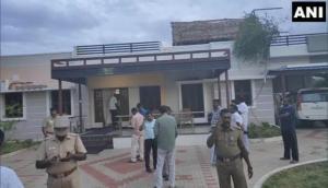 Tamil Nadu: DMK leader, husband, maid murdered in Melapalayam