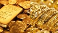 Gold prices up Rs 70 on rupee depreciation