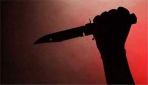 सरेबाजार में युवती पर चाकू से ताबड़तोड़ 6 वार, सिरफिरे आशिक ने उतारा मौत के घाट