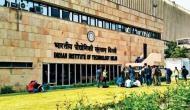 बीते पांच साल में 50 IIT छात्रों ने की आत्महत्या, गुवाहाटी सबसे आगे  : HRD मंत्रालय