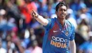 कभी जूते खरीदने के भी नहीं थे पैसे अब पहले ही ओवर में चटक लिए दो विकेट, भारत को दिलाई बड़ी कामयाबी