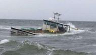 समुद्र में खराब मौसम के कारण डूबी 3 नौकाएं, 31 लोगों की मौत