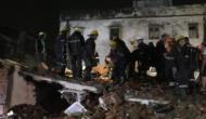गुजरात में भारी बारिश की वजह से गिरी तीन मंजिला इमारत, 4 लोगों की मौत, कई घायल