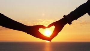 पति ने पत्नी को प्रेमी के किया हवाले, बदले में रखी ये अनोखी शर्त
