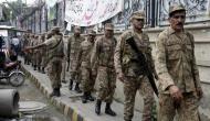 पाकिस्तान चल रहा है नई चाल, अफगानिस्तान सीमा से अपनी सेना हटाकर कश्मीर बॉर्डर पर कर सकता है तैनात