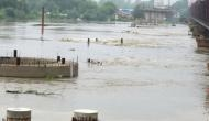 दिल्ली में मंडरा रहा बाढ़ का खतरा, यमुना के आसपास के इलाके खाली करने के आदेश