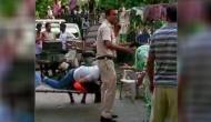 हिस्ट्रीशीटर को पकड़ने गए थे पुलिसकर्मी, आंखों में मिर्च गिरने के बाद भी किया गिरफ्तार