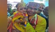 Janmashtami: Shivraj Singh Chouhan offers prayers at temple in Bhopal