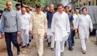कश्मीर में सियासी टकराव, 11 विपक्षी नेताओं के साथ कश्मीर जा रहे राहुल गांधी, प्रशासन ने किया आगाह
