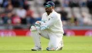 इस दिग्गज क्रिकेटर ने ऋषभ पंत पर साधा निशाना, बोले-'दस्ताने पहने से कोई विकेटकीपर नहीं बन जाता'