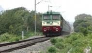 भारतीय रेलवे की शानदार पहल, देश में पहली बार चलाई जाएगी सौर ऊर्जा से ट्रेन