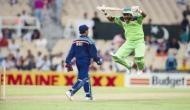 इस भारतीय खिलाड़ी के कारण मैदान पर बंदर की तरह कूदने लगा था यह पाकिस्तानी क्रिकेेटर
