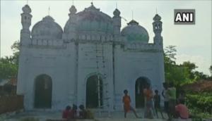 हिंदू-मुस्लिम एकता का प्रतीक है बिहार का ये गांव, जहां मस्जिद की देखरेख करते हैं हिंदू