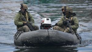 गुजरात: समुद्र में मिली लावारिस नावें, सेना को आशंका- दक्षिण भारत में हो सकता है बड़ा आतंकी हमला