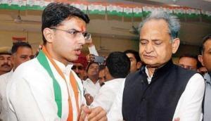 आपस में ही भिड़ गए दिग्गज कांग्रेसी नेता, सचिन पायलट ने अपने ही CM पर उठाए गंभीर सवाल