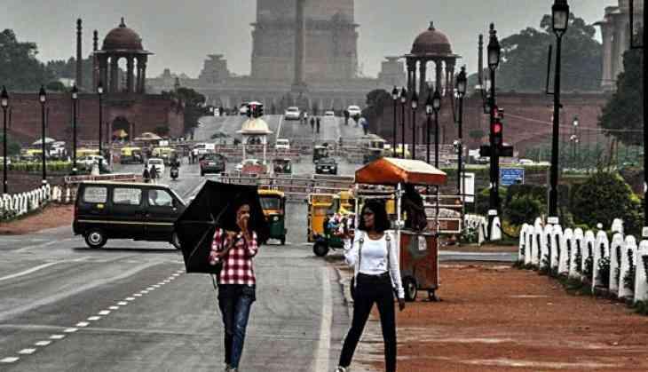 Delhi receives light showers, AQI improves to 'satisfactory'