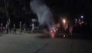 भारी चालान से गुस्से में आए व्यक्ति ने अपनी बाइक को ही लगा दी आग