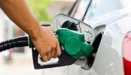 पेट्रोल के दाम में लगातार दूसरे दिन राहत, डीजल के दाम भी स्थिर