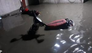 Maharashtra: Heavy rainfall leaves Beed roads flooded, IMD issues alert