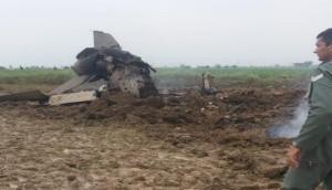 टेक ऑफ के तुरंत बाद भारतीय वायु सेना का MiG-21 क्रैश, दोनों पायलट सुरक्षित