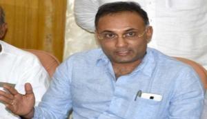Dinesh Gundu Rao targets PM Modi for not taking strict action against Pragya Thakur for Godse remark