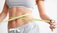 मोटापे से निजात पाने के लिए बदलें खाने-पीने का समय, डाइट में शामिल करें ये चीजें