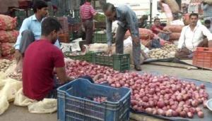Tamil Nadu: Onion prices shoot up in Chennai