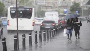 देश के इन राज्यों में बिगड़ने वाला है मौसम का मिजाज, मूसलाधार बारिश से बढ़ सकती है परेशानी