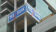 RBI के फैसले के बाद यस बैंक के एटीएम पर देखी गई लंबी कतारें, ऑनलाइन बैंकिंग में भी दिक्कत