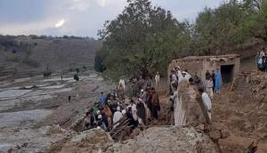अफगानिस्तान: मस्जिद में नमाज के दौरान बम धमाका, अबतक 62 लोगों की मौत, कई घायल