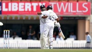IND vs SA: रोहित शर्मा का शानदार दोहरा शतक, टीम इंडिया की पहली पारी 497 रन पर घोषित