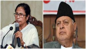 Bengal CM Mamata Banerjee assures Farooq Abdullah of standing by him in 'difficult times'